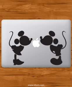 Sticker Calcomanía laptop macbook mickey beso