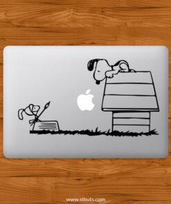 Sticker Calcomanía laptop macbook snoopy quijote