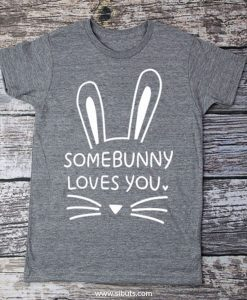 Playera nino somebunny loves you