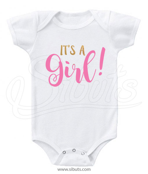 Pañalero recién nacida es niña